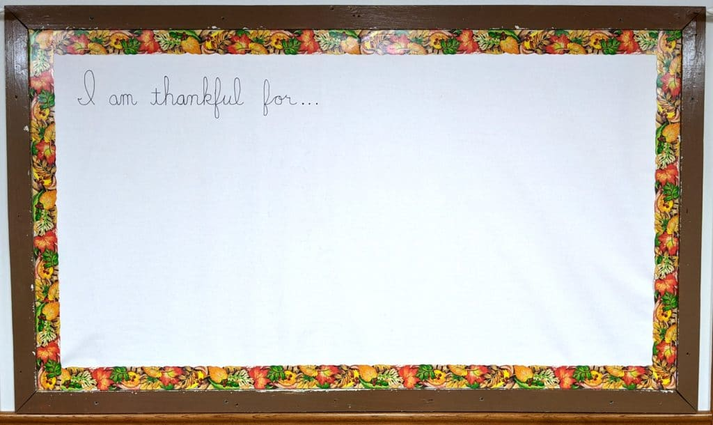 Bulletin board to be filled with items for which students are thankful